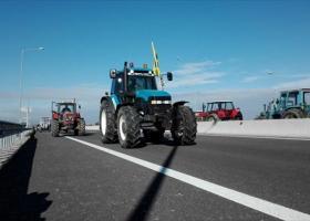 Επιστρέφουν στα χωριά τους οι αγρότες του μπλόκου της Καρδίτσας στο δέλτα του Ε65 - Κεντρική Εικόνα