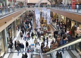 Το πιο γνωστό επιχειρηματικό όνομα της Μυκόνου ρίχνει... μπετά  για Mall στην Ψαρρού (video) - Κεντρική Εικόνα