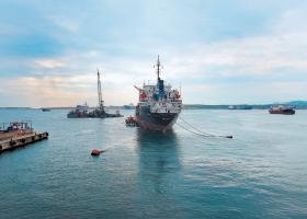 Τους επόμενους μήνες αναμένεται στον Πειραιά η δεξαμενή για τη Ναυπηγοεπισκευαστική Ζώνη Περάματος - Κεντρική Εικόνα