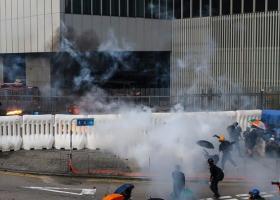 Χονγκ Κονγκ: Νέα επεισόδια ανάμεσα σε διαδηλωτές και αστυνομικούς - Κεντρική Εικόνα
