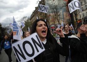 Διαδηλωτές στη Γαλλία: «Δεν θέλουμε πια αυτή την κοινωνία» - Κεντρική Εικόνα