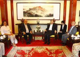 Συναντήσεις του προέδρου της Βουλής στη Σαγκάη με τον πρόεδρο της COSCO - Κεντρική Εικόνα