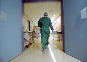 Νέες προκηρύξεις για 1.800 επικουρικούς ιατρούς μετά τη λειτουργία των ΤΟΜΥ - Κεντρική Εικόνα