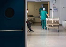 Κορωνοϊός: Στους 271 οι νεκροί - Κατέληξε γυναίκα 102 ετών στην Αθήνα και 80χρονος στη Θεσσαλονίκη - Κεντρική Εικόνα