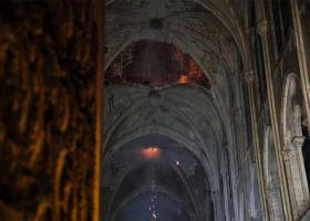 Τα αλχημιστικά κι αποκρυφιστικά μυστικά της Notre Dame - Κεντρική Εικόνα