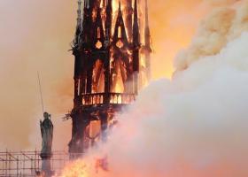 Η εμβληματική Παναγία των Παρισίων στις φλόγες - «Δάκρυσε» ο πλανήτης (pics | vid) - Κεντρική Εικόνα