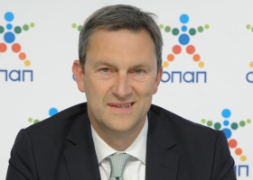 Ντ. Κόουπ: Το 2018 ο ΟΠΑΠ θα συνεχίσει την υλοποίηση σημαντικών έργων - Κεντρική Εικόνα