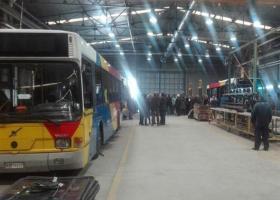 Παραδόθηκαν στον ΟΑΣΘ τα πρώτα τρία ανακατασκευασμένα αστικά λεωφορεία από την ΕΛΒΟ - Κεντρική Εικόνα
