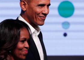 Οι Ομπάμα εισέρχονται στην αναπτυσσόμενη βιομηχανία των podcast και υπογράφουν συμφωνία με το Spotify - Κεντρική Εικόνα