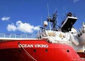 Η Ιταλία έδωσε άδεια στο Ocean Viking να αποβιβάσει στη Λαμπεντούζα μετανάστες - Κεντρική Εικόνα