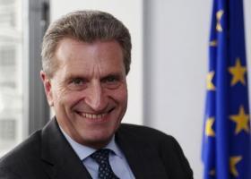 Deutsche Welle: Η Κομισιόν ερευνά αν απειλείται η ελευθεροτυπία στην Ελλάδα - Κεντρική Εικόνα