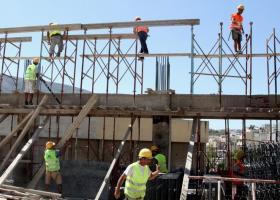 Μείωση της ιδιωτικής οικοδομικής δραστηριότητας τον Φεβρουάριο - Κεντρική Εικόνα