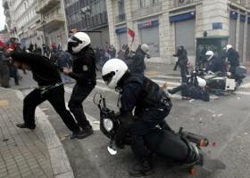 Αστυνομικοί ομάδας «ΔΕΛΤΑ»... όπως αναρχικοί! - Κεντρική Εικόνα