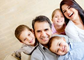 ΟΠΕΚΑ: Ξεκίνησαν οι αιτήσεις για το επίδομα 700-1.000 ευρώ σε τρίτεκνες και πολύτεκνες μητέρες - Κεντρική Εικόνα