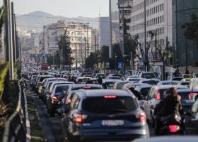 Ανασφάλιστα οχήματα: Έρχεται μηχανισμός για τον εντοπισμό τους - Τσουχτερά πρόστιμα - Κεντρική Εικόνα