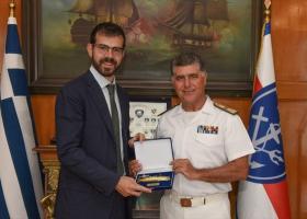 Συνεχίζονται οι δωρεές προς το Πολεμικό Ναυτικό - Κεντρική Εικόνα
