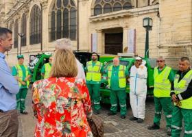 Στο Παρίσι ο Μπακογιάννης για να δει πώς... μαζεύουν τα σκουπίδια - Κεντρική Εικόνα