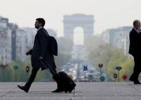 Σκληρή γραμμή από Παρίσι: Το επικρατέστερο σενάριο είναι ένα no-deal Brexit - Κεντρική Εικόνα