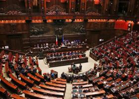 Ιταλία: Την Τρίτη η απόφαση για την πρόταση μομφής κατά της κυβέρνησης - Κεντρική Εικόνα