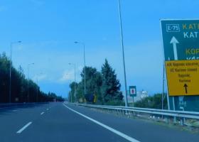 Θεσσαλονίκη: Διακοπή κυκλοφορίας των οχημάτων στην ΠΑΘΕ λόγω εκτέλεσης εργασιών - Κεντρική Εικόνα