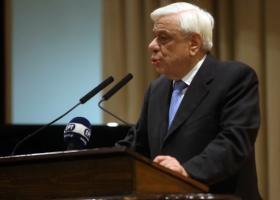 Παυλόπουλος: Αισθήματα βαθειάς θλίψης και ειλικρινούς αλληλεγγύης στον Γάλλο Πρόεδρο - Κεντρική Εικόνα