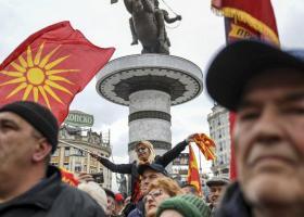 Bloomberg: Ο εθνικισμός στην Ευρώπη σκιάζει τη διαδικασία επούλωσης στα Βαλκάνια - Κεντρική Εικόνα