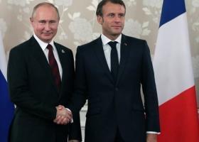 Συνάντηση Μακρόν-Πούτιν εν όψει της συνόδου κορυφή των G7 - Κεντρική Εικόνα