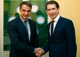 Συνάντηση Μητσοτάκη-Κουρτς στη Βιέννη: Επιβεβαίωση της στήριξης στην Ελλάδα - Κεντρική Εικόνα
