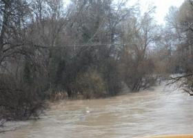 Απότομη άνοδος της στάθμης στον Πηνειό - Πλημμύρες στην Καλαμπάκα (video) - Κεντρική Εικόνα