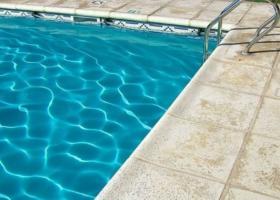 Ένας ακόμα πνιγμός σε πισίνα: 43χρονη Φιλανδή πνίγηκε σε ξενοδοχείο της Σάμου - Κεντρική Εικόνα