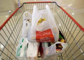 Σούπερ μάρκετ: Ραγδαία μείωση στη χρήση πλαστικής σακούλας - Σε ποιο είδος τσάντας προσφεύγουν οι καταναλωτές - Κεντρική Εικόνα