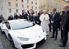 Πουλήθηκε η Lamborghini Huracan του Πάπα για 715.000 ευρώ! (photo+video) - Κεντρική Εικόνα
