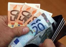 Σχέδιο για 658 εκατ. «δώρο» Πάσχα για δημοσίους υπαλλήλους και συνταξιούχους - Κεντρική Εικόνα