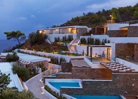 Πεντάστερο ξενοδοχείο κοντά στην Αθήνα αντιμέτωπο με χρέη 26 εκατ. ευρώ - Κεντρική Εικόνα