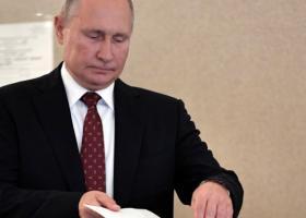 Ισχυρό πλήγμα για τον Πούτιν στη Μόσχα - Το κόμμα του έχασε το ένα τρίτο των εδρών του - Κεντρική Εικόνα