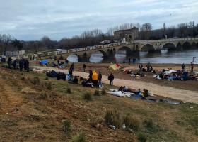 Έβρος: Αλλαγή στάσης της Τουρκίας - Αδειάζουν τα σύνορα από πρόσφυγες και μετανάστες - Κεντρική Εικόνα