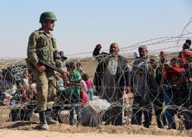 Τήρηση των δεσμεύσεων για το προσφυγικό, ζητά από την Άγκυρα ο Γιούνκερ - Κεντρική Εικόνα