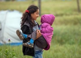 Διακινητές εγκατέλειψαν 48 πρόσφυγες στο Δερβένι - Κεντρική Εικόνα