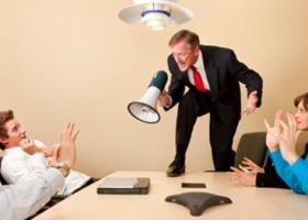 Ποιες είναι οι ποινές στον εργοδότη που καθυστερεί να καταβάλλει δεδουλευμένα - Κεντρική Εικόνα