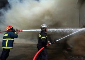Μεγάλη πυρκαγιά σε εξέλιξη στο Λαύριο - Μέτωπο κοντά στο εργοστάσιο της ΕΒΟ - Κεντρική Εικόνα