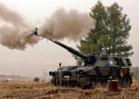 Βολές πυροβολικού με ταυτόχρονη υποστήριξη τμημάτων ελιγμού - Κεντρική Εικόνα