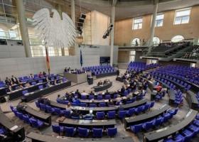 Αυξάνεται η δυσπιστία των Γερμανών απέναντι στα πολιτικά κόμματα - Κεντρική Εικόνα