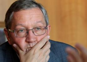 Ρέγκλινγκ: Σε σωστό μονοπάτι η Ελλάδα αν συνεχίσει τις μεταρρυθμίσεις - Κεντρική Εικόνα