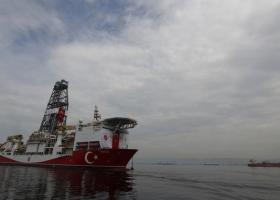 Ανατολικά της Ρόδου πλέει το τουρκικό ερευνητικό σκάφος Ορούτς Ρέις - Παρακολουθεί διακριτικά η Αθήνα - Κεντρική Εικόνα