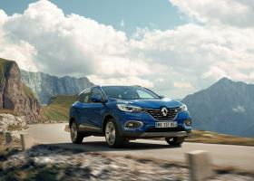 FT: H Renault «βλέπει» συγχώνευση με Nissan και Fiat Chrysler - Κεντρική Εικόνα