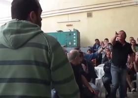 Αποδοκιμασίες κατά βουλευτών του ΣΥΡΙΖΑ στη Σύρο (Βίντεο) - Κεντρική Εικόνα