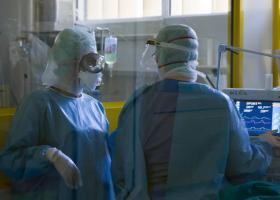 Κορωνοϊός: Στους 349 οι νεκροί - Κατέληξαν 72χρονη στο Νοσοκομείο Ρίου και 86χρονος στο Νοσοκομείο Γιαννιτσών - Κεντρική Εικόνα