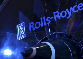 Ελληνικά χέρια... πιλοτάρουν την Rolls-Royce - Κεντρική Εικόνα