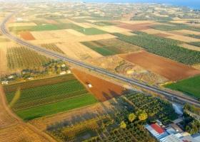 Ρουμανία: Στροφή των επενδυτών στην αγορά αγροτικής γης - Κεντρική Εικόνα