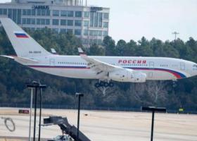 Μόσχα: Άφιξη του πρώτου αεροπλάνου με τους απελαθέντες ρώσους διπλωμάτες - Κεντρική Εικόνα